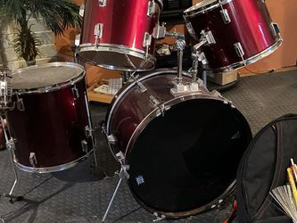 Drum Set for Sale in Mountlake Terrace,  WA