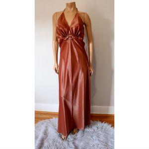 🌞💃Brown Backless Halter V-Neck Dress for Sale in Riverside, CA