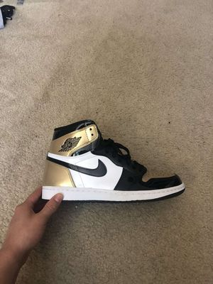 Jordan 1 gold toe size 9.5 for Sale in Sterling, VA