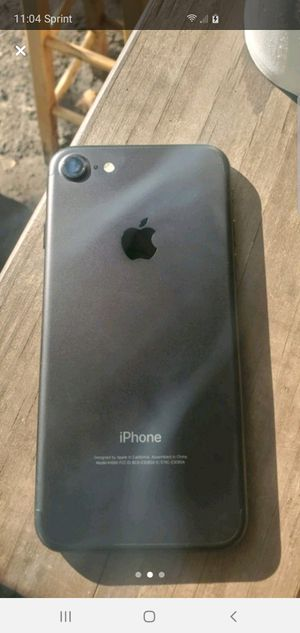 Iphone 7 black for Sale in Plant City, FL