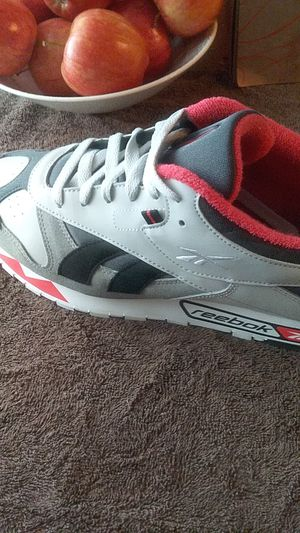 NEW Reebok SHOES size12 for Sale in Pittsburgh, PA