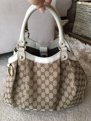 Authentic GUCCI bag for Sale in Pittsburgh, PA