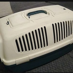 Large Pet Carrier for Sale in Redlands, CA