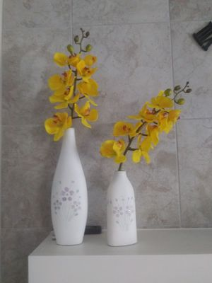 Home decor yellow for Sale in Crosby, TX