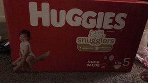 Huggies size 5 for Sale in Las Vegas, NV