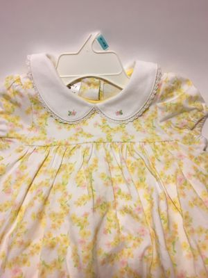 Baby girl yellow flower dress size 6-9 new with tags Tommy Hilfiger for Sale in Oak Forest, IL