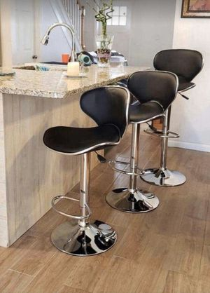Set of 3 black chairs bar stools new in box for Sale in Clifton, NJ