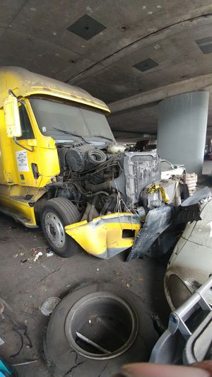 Semi truck parts for Sale in Oakland, CA
