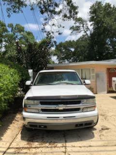 2001 Chevy suburban for Sale in Orlando, FL