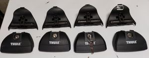 Thule 460r rapid podium feet & locks for roof rack for Sale in Queens, NY