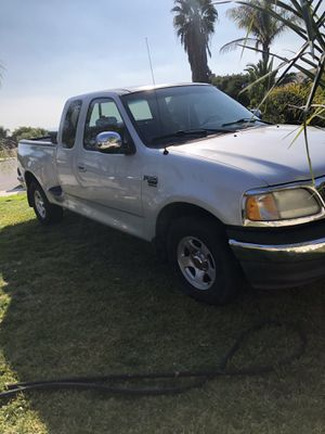 Ford 02 f150 for Sale in Moreno Valley, CA