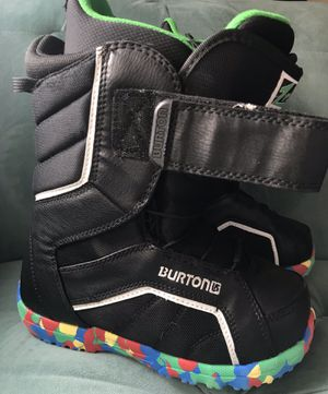 Burton Zipline Youth Snowboard Boots Size 4 for Sale in Alexandria, VA