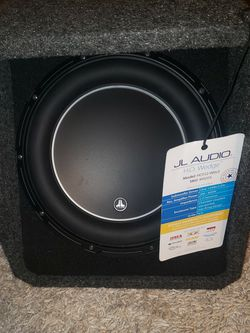 JL AUDIO HO112-W6v3 LIKE NEW CONDITION for Sale in Spring Valley,  CA