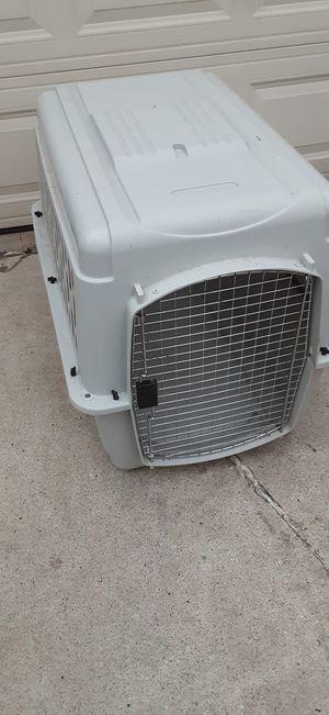 Petmate dog crate 36×27×24 for Sale in Royal Oak, MI