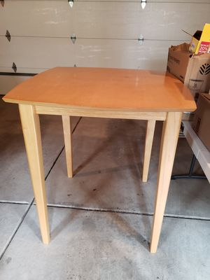 """High kitchen table - 39"""" tall. Tabletop is 36""""x36"""". for Sale in Chicago, IL"""