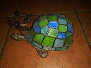 Beautiful stained glass vintage Turtle lamp for Sale in Hawthorne, CA