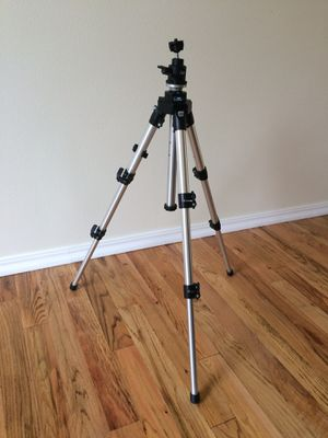 Bogen ManFrotto Tripod - Made in Italy for Sale in Lake Stevens, WA