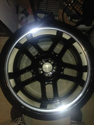 22 Inch Rims Universal for Sale in Los Angeles, CA