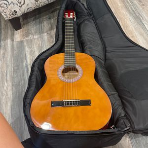 Guitar for Sale in Warren, MI