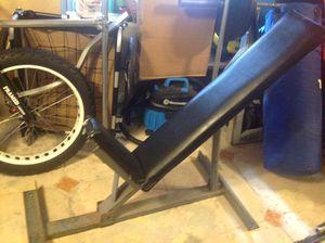 Gym Equipment incline weight bench, heavy duty adjustable for Sale in Miramar, FL