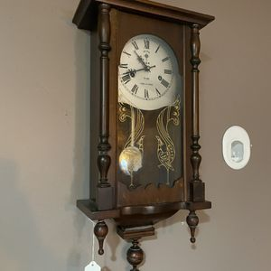 Polaris Wall Grandfather Chiming Clock Antique for Sale in San Diego, CA