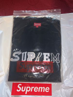 Supreme shirt for Sale in Los Angeles, CA