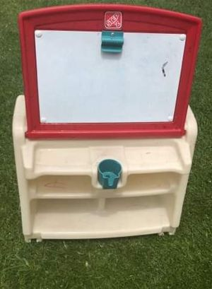 Kids white board and desk toy storage FIRM PRICE NO DELIVERY CASH OR TRADE FOR BABY FORMULA for Sale in Los Angeles, CA