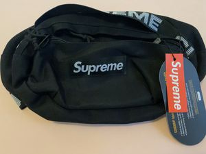 Supreme bag 80$ for Sale in Kissimmee, FL