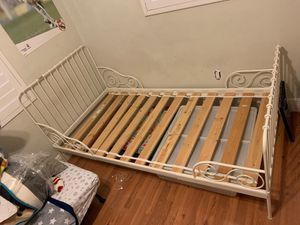 Beautiful adjustable metal frame girls bed for Sale in Miami, FL