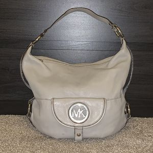 Michael kors hobo bag for Sale in Frederick, MD