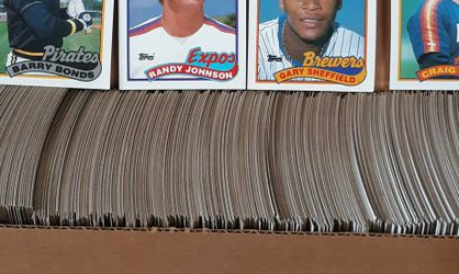 1989 Topps BB Card Set & Misc Cards for Sale in Chesterfield,  MO