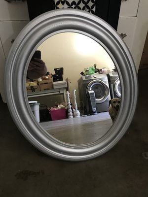 Silver oval mirror for Sale in Cerritos, CA