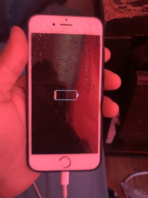 iPhone 6 unlocked needs a new screen but works and can still use for Sale in San Jose, CA