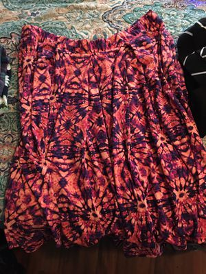 Lularoe skirt with pockets! for Sale in Hoosick Falls, NY