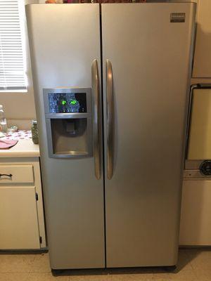Fridgerade Refrigerator for Sale in Mesa, AZ