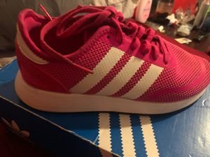 Addidas hot pink size 6 1/2 for Sale in Buda, TX