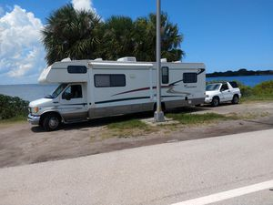 2003 COACHMEN RV IN INCREDIBLE SHAPE WITH A 02 CHEVROLET TRACKER for Sale in GRANT VLKRIA, FL