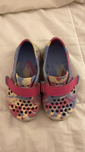 Plae Mimo Botanic Marble water shoes, pink for Sale in Kennebunk, ME