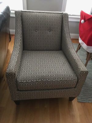Navy and tan arm chair for Sale in Fuquay-Varina, NC