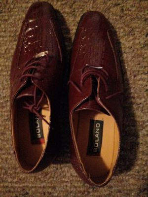 Size 10 1/2 Burgundy Boland mens dress shoes. Never worn for Sale in Mesa, AZ