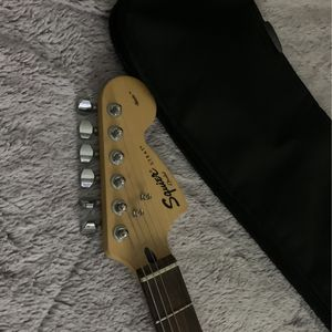 fender Electric Guitar for Sale in Park Hills, KY