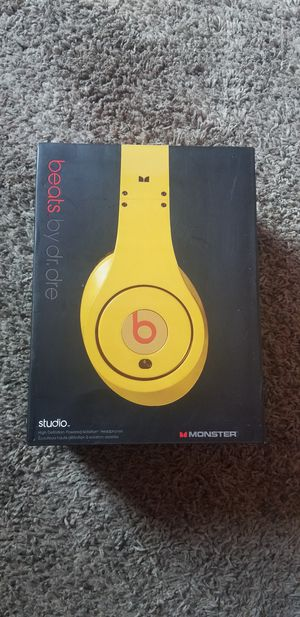 Beats by Dre headphones for Sale in Waldorf, MD
