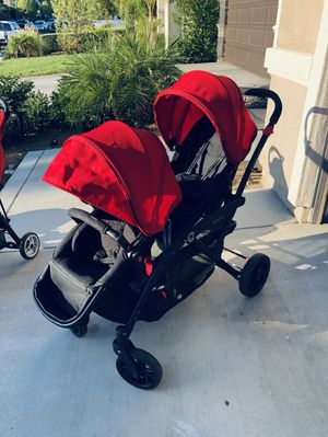 Double stroller contours for Sale in Menifee, CA