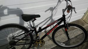 Trek mountain bike 21 speed for Sale in Oakland Park, FL