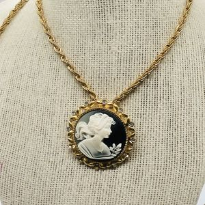 Fashion gold tone necklace with cameo for Sale in Ossining, NY