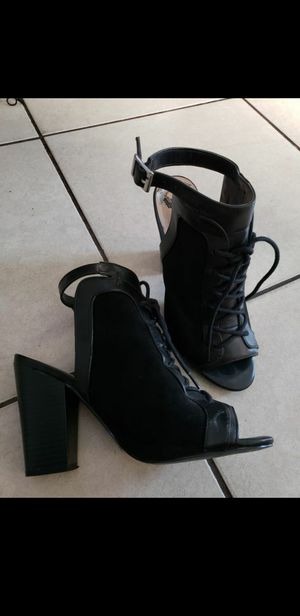 Woman's Shoes size 7 (Heels) for Sale in Baldwin Park, CA
