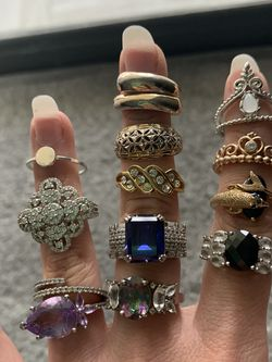 Pretty Ring Collection Text For Price for Sale in Palm Harbor,  FL