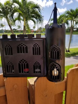 $15.00 - Castle, Medieval or Gothic Candleholder, its Metal + 3 Votives & 1 Candle - Minimum Price for Sale in Miami, FL