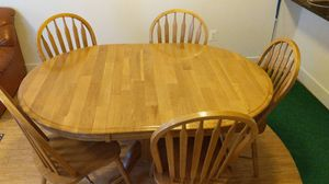 Kitchen Table w/ 5 Chairs for Sale in Laurel, MD