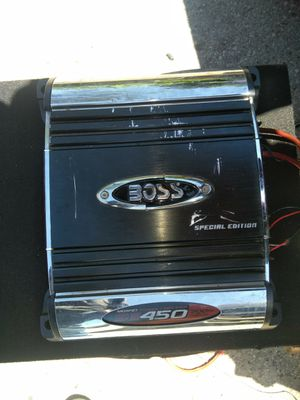 Speaker Carr. Whit amplifier bosinas para carro y amplificador for Sale in Houston, TX